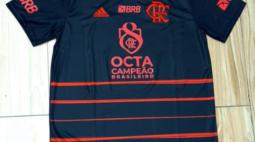 Flamengo usará camisa em homenagem ao título brasileiro contra o Macaé