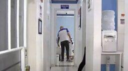 Homens armados invadem consultório e agridem paciente