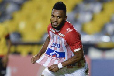 Emprestado pelo Palmeiras, Borja se destaca em jogo do Junior Barranquilla na Libertadores