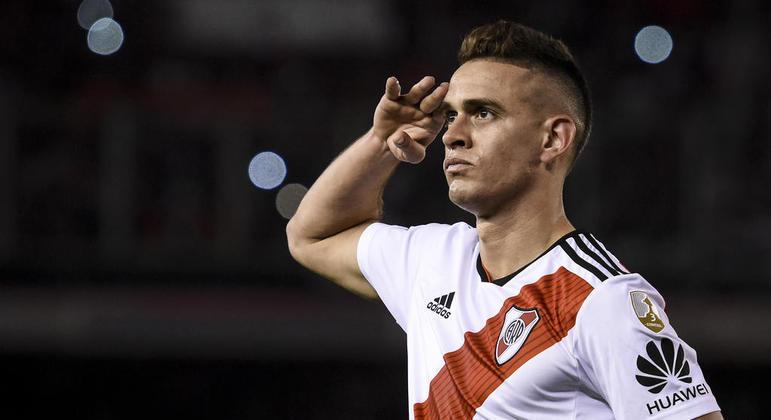 Especulado em Palmeiras e Grêmio, Borré assina com Frankfurt, da Alemanha
