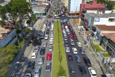 Ratinho Junior adia  pagamento de parcelas do ICMS e IPVA