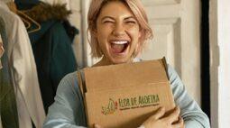 Loja curitibana inova e entrega cosméticos naturais, orgânicos e veganos por assinatura