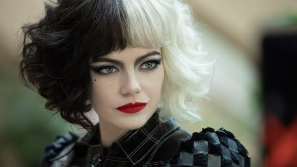 Emma Stone é destaque em capa de revista promovendo Cruella