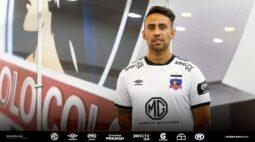 Ex-Palmeiras, Valdivia deixa o Colo-Colo e acerta com novo clube