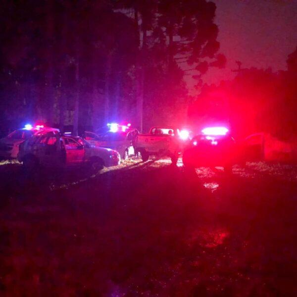 Abordagem em festa clandestina termina com disparos de balas de borracha e 13 detidos