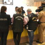 Policiais dispersam 143 aglomerações no primeiro dia útil da bandeira laranja