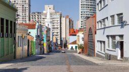 Índice de isolamento no Paraná chegou a 53% neste domingo (28), diz governo