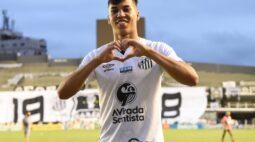 """Rueda explica dificuldade do Santos para renovar com Kaio Jorge: """"Mais um pepino"""""""