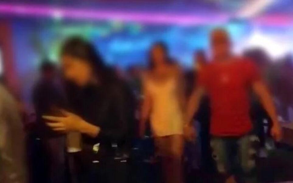 """Deputado paranaense envia proposta de """"lista suja"""" que deixa frequentadores de festas clandestinas no final da fila para leitos de UTI"""