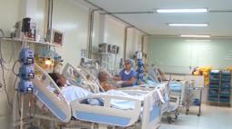 Dois em cada três pacientes de UTI com covid morrem no Brasil