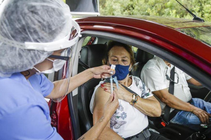 Horário de aplicação da 2ª dose da vacina contra a covid-19 em Curitiba é alterado