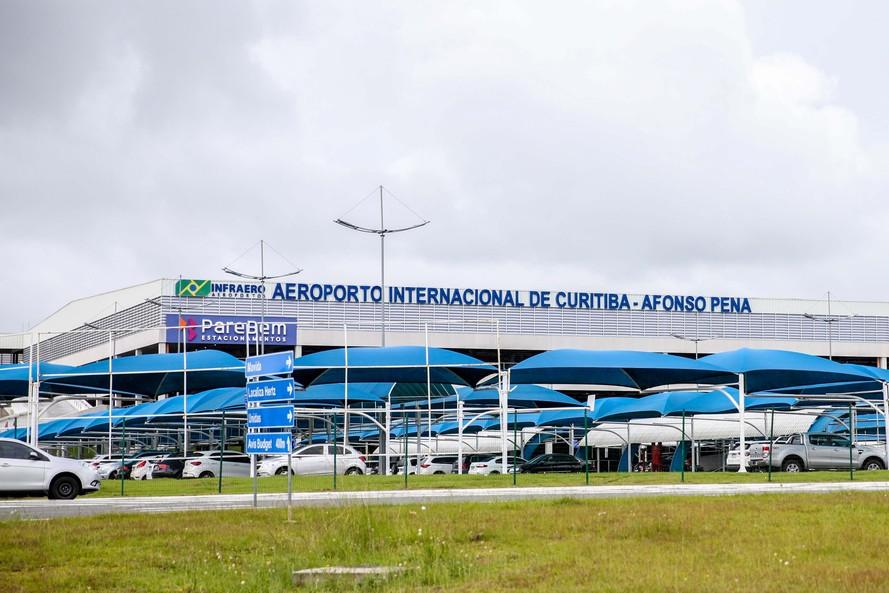 Aeroportos do Paraná são arrematados pela Companhia de Participações em Concessões em leilão