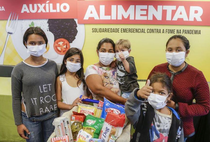 Curitiba lança auxílio alimentar de R$ 70 para famílias vulneráveis