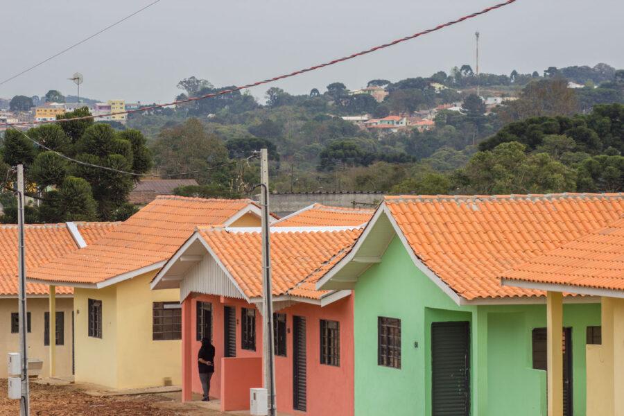 Estado vai regularizar cerca de 4 mil imóveis em Piraquara, na RMC