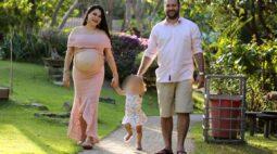 Casal morre de covid-19 menos de um mês após parto do terceiro filho