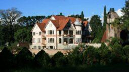 Castelo paranaense que foi esconderijo de nazistas na 2ª Guerra Mundial está à venda; saiba o valor