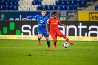 Leverkusen fica no empate com o Hoffenheim e perde chance de encostar no G-4