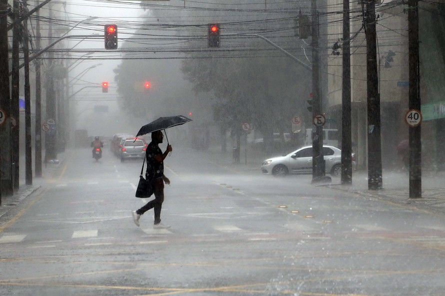Paraná fecha o mês de março com chuvas abaixo da média