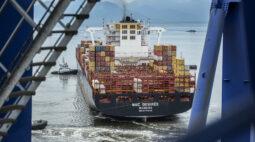 Porto de Paranaguá bate recorde na movimentação de contêineres