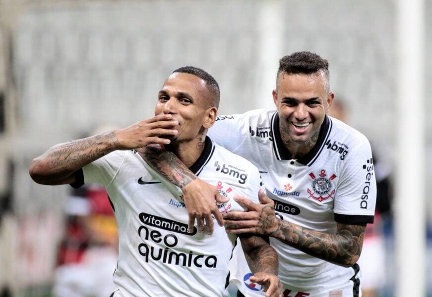 Corinthians joga bem e vence o Ituano com gols de Otero e Jô na Arena