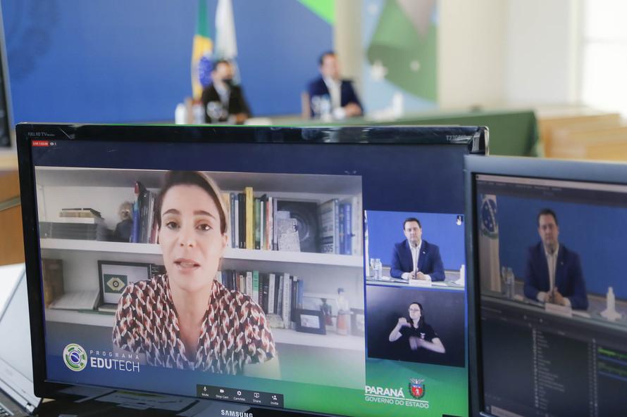 Paraná oferta cursos gratuitos de programação para 65 mil alunos