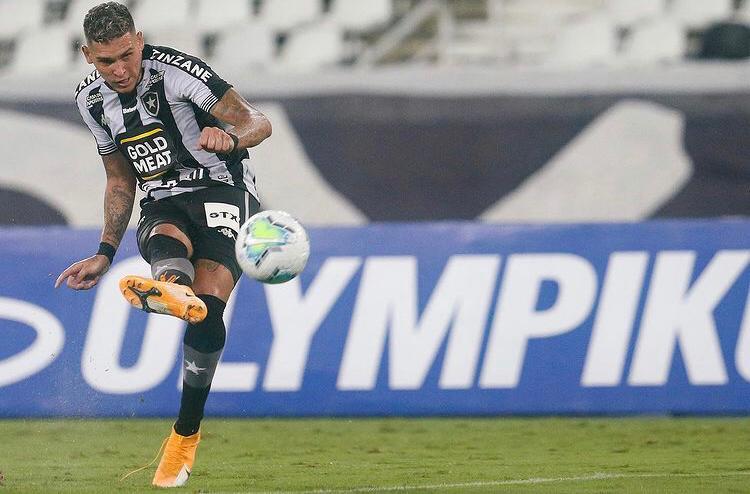Rafael Navarro substitui Babi no jogo do Botafogo contra o Volta Redonda