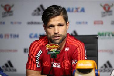 """Após derrota do Flamengo, Diego afirma : """"Isso não pode acontecer na Libertadores"""""""