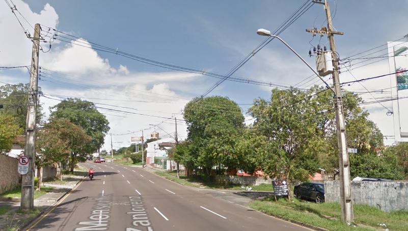 Empresário atropela e mata idosa com carro de luxo em Curitiba