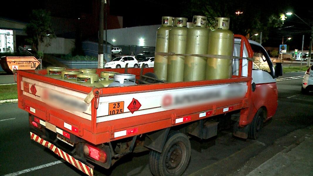 Ladrões agendam entrega de gás e roubam veículo de entregador, em Londrina