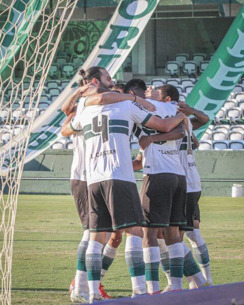 Coritiba goleia no clássico e vence Paraná Clube por 5 a 0