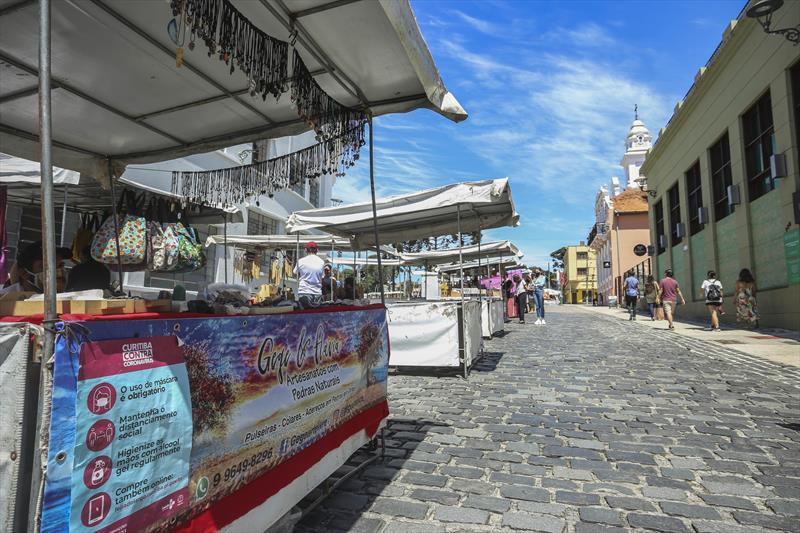 Feirinha do Largo volta aos domingos com até 50% de expositores