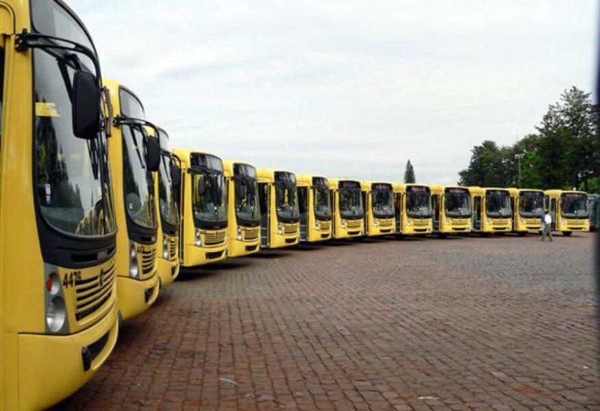 Motoristas de ônibus paralisam transporte coletivo em Londrina