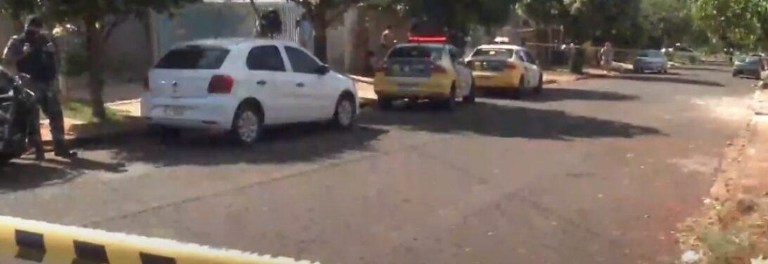 Homem tenta agredir ex-companheira e morre durante ação da PM, em Maringá