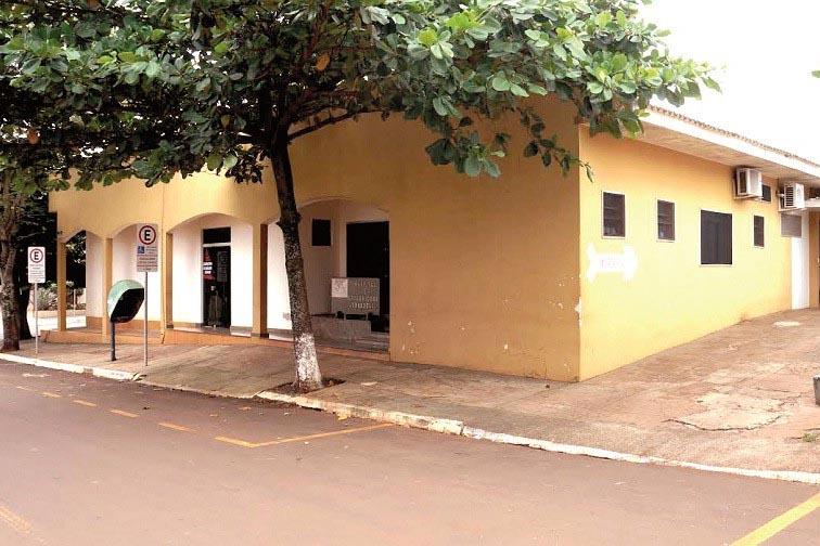 Hospital sofre surto de covid-19 e atendimento à população é reduzido, em Lunardelli