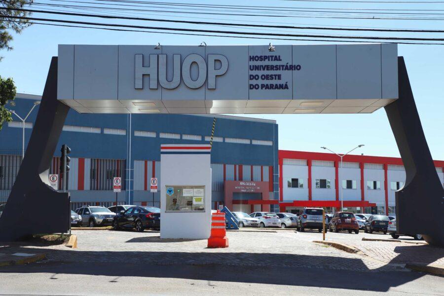 Hospital Universitário oferece terapia diferenciada para casos graves de Covid-19 no oeste do estado