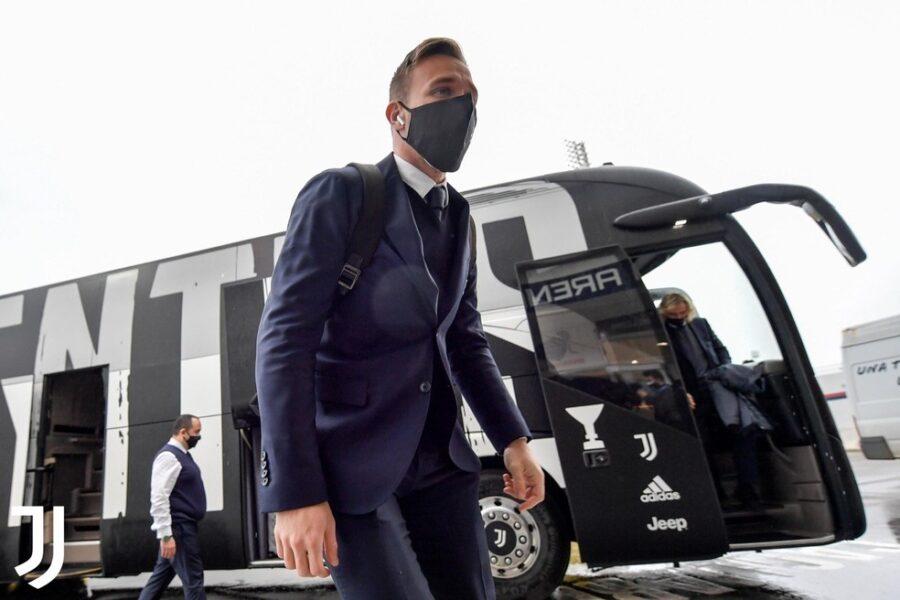 Juventus planeja multar três jogadores após festa na madrugada: confira