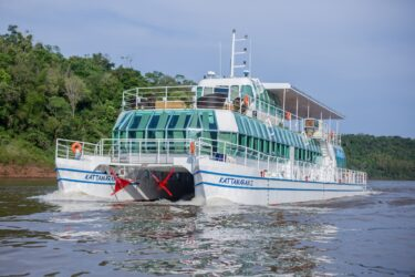 Kattamaram II e Macuco Safari têm passeios em promoção para moradores de Foz do Iguaçu