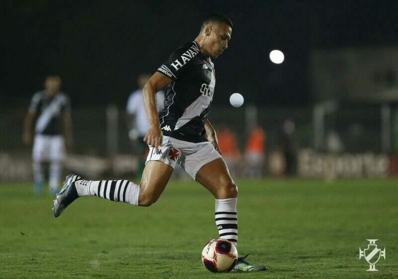 Contratado pelo Vasco para essa temporada, Léo Jabá se destaca nas assistências