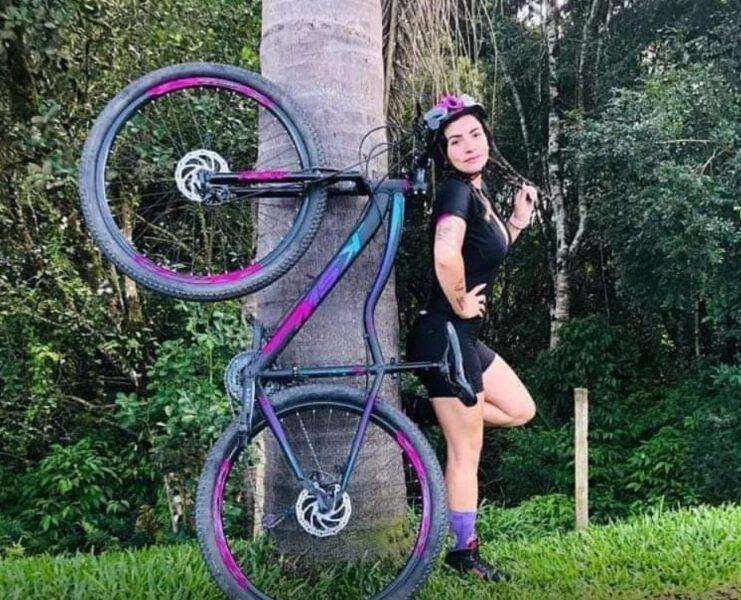 Atropelamento e morte de esteticista na região de Curitiba mostra a urgência em garantia ao ciclismo
