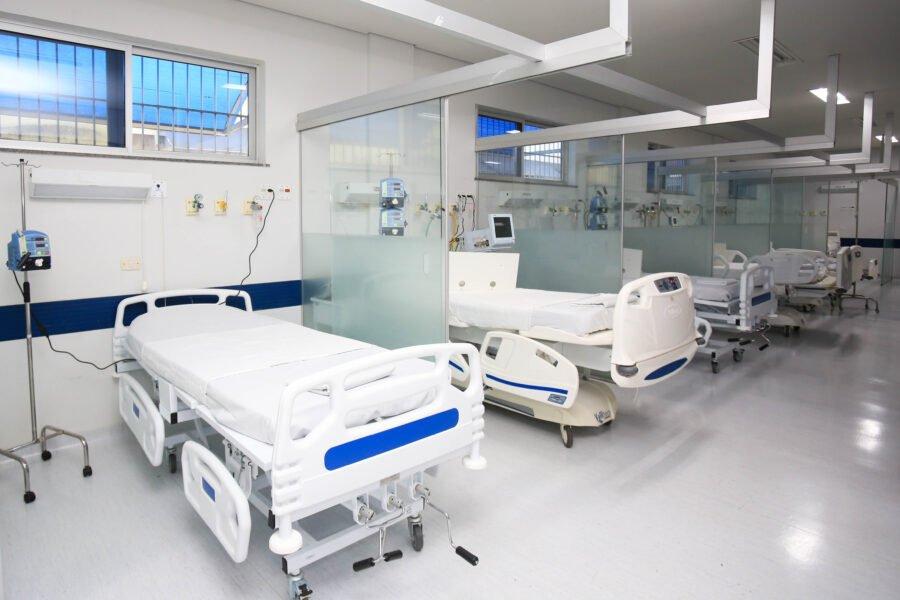 Boletim registra 2.246 novos casos e 86 mortes por coronavírus no Paraná