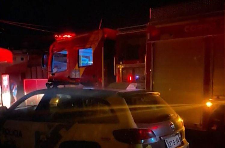 Homem é encontrado morto após incêndio em quarto de motel, no Paraná