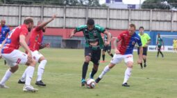 Com emoção no fim, Paraná e Maringá ficam no empate na Vila Capanema