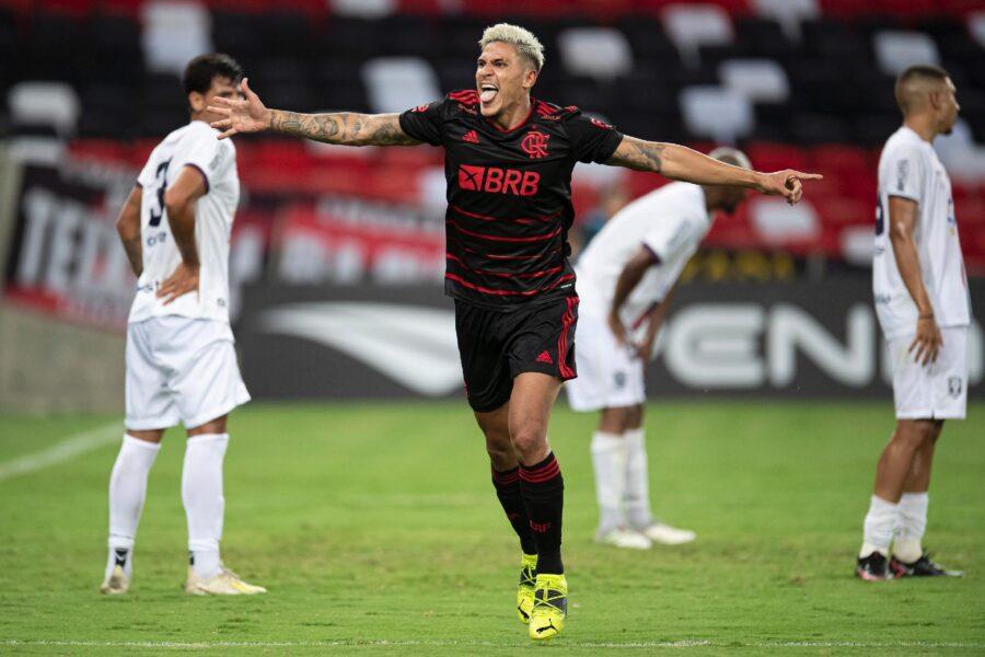 Após tomar dois gols, Pedro garante o empate do Flamengo contra a Portuguesa-RJ