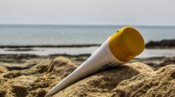 Protetores solares vencidos podem causar câncer, dizem cientistas