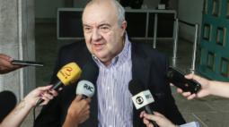 Internado, prefeito Rafael Greca apresenta melhora do quadro neurológico