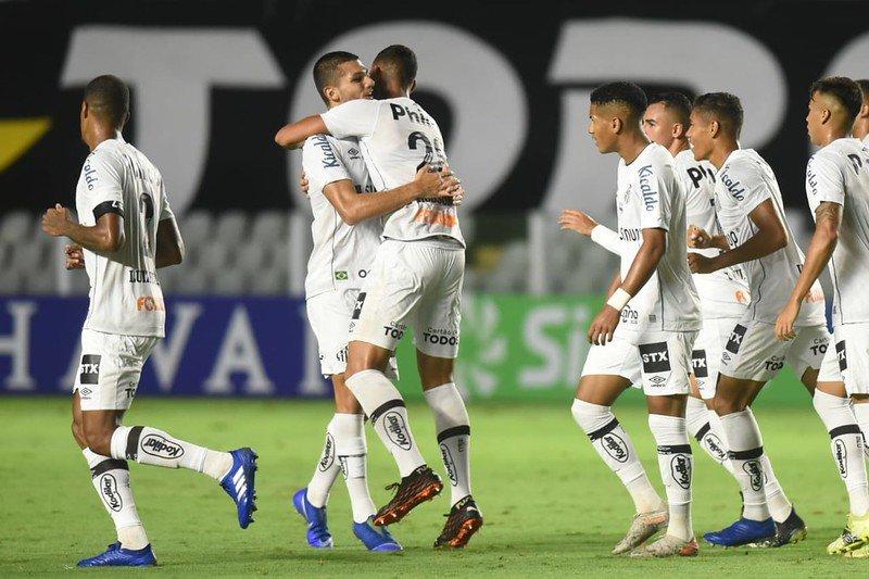 Às vésperas da Libertadores, Santos volta a vencer depois de três partidas