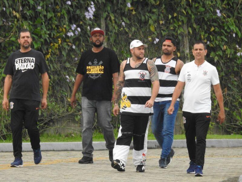 Em reunião, Gaviões da Fiel cobra diretoria do Corinthians e propõe ajuda da torcida