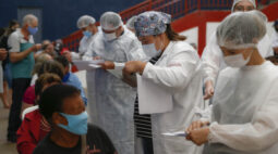 Paraná ultrapassa a marca de 2 milhões de doses aplicadas contra a covid-19