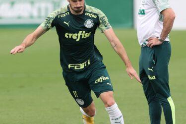 Matías Vinã pode deixar Palmeiras e reforçar Porto, diz jornal