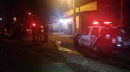 Ex-policial morre esfaqueado ao tentar separar briga de casal, em Jataizinho